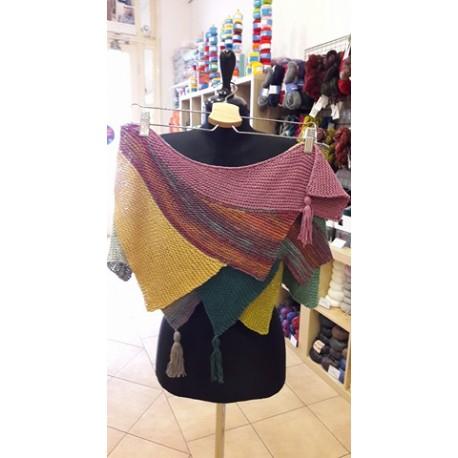 Háromszöges-cakkos kötött női sálkendő