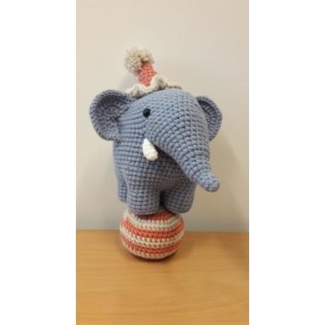 Elemér, a cirkuszi elefánt