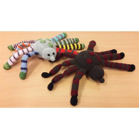 Spidy, horgolt pókfigurák